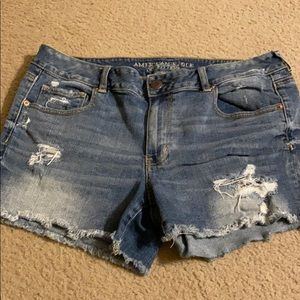 AMERICAN EAGLE distressed shorts size 16